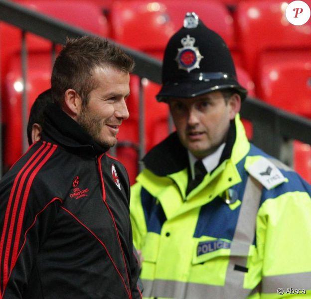 David Beckham à l'entrainement avec le Milan AC dans le stade d'Old Trafford avant son match de Ligue des Champions face à son ancien club de Manchester United.