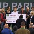 Les stars du tennis ont permis, avec Hit for Haïti le 12 mars 2010, ont permis de récolter un million de dollars au profit de la Croix-Rouge pour Haïti