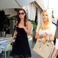 Audrina Patridge et Heidi Montag sortant d'un restaurant à Beverly Hills après avoir tourné une scène pour The Hills, le 17 mars 2010