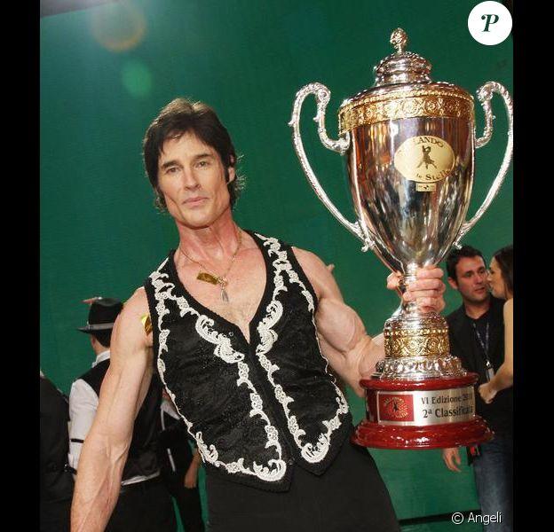 Ronn Moss et Sara Di Vaira pour la 6ème édition de l'émission Ballando con le stelle à Rome le 20 mars 2010
