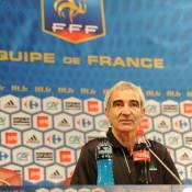 Découvrez le dernier caprice très coûteux de Raymond Domenech et l'équipe de France !