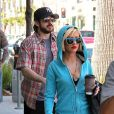 Christina Aguilera et son mari à Beverly Hills, le 26 mars 2010