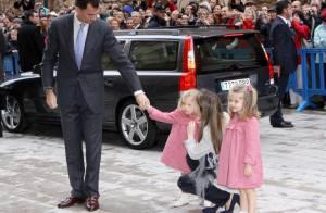 Letizia d'Espagne : La princesse est enfin de sortie avec ses adorables poupées !