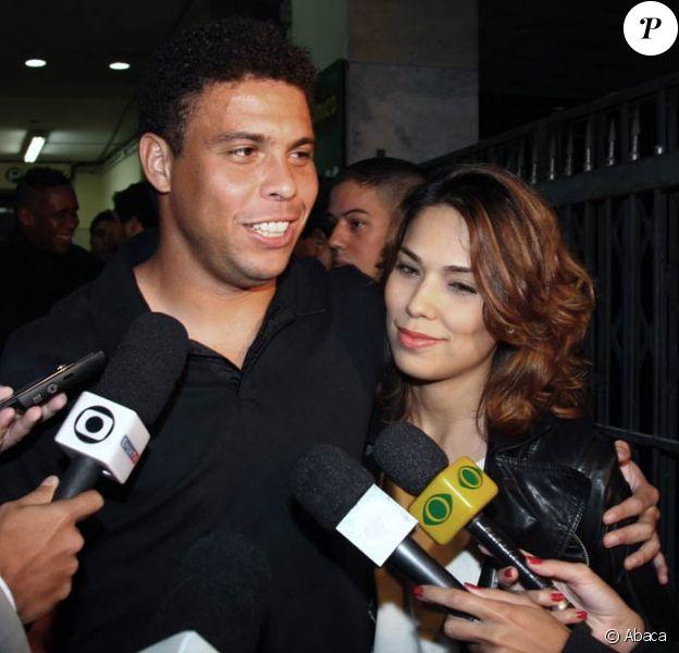 Ronaldo et Bia ont accueilli le 6 avril 2010 une petite fille prénommée Maria Alice