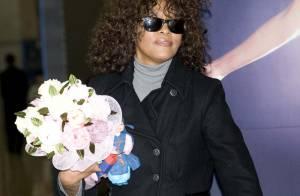 Whitney Houston est sortie de l'hôpital : non, elle n'a pas retouché à la drogue, et oui, elle se sent en grande forme !
