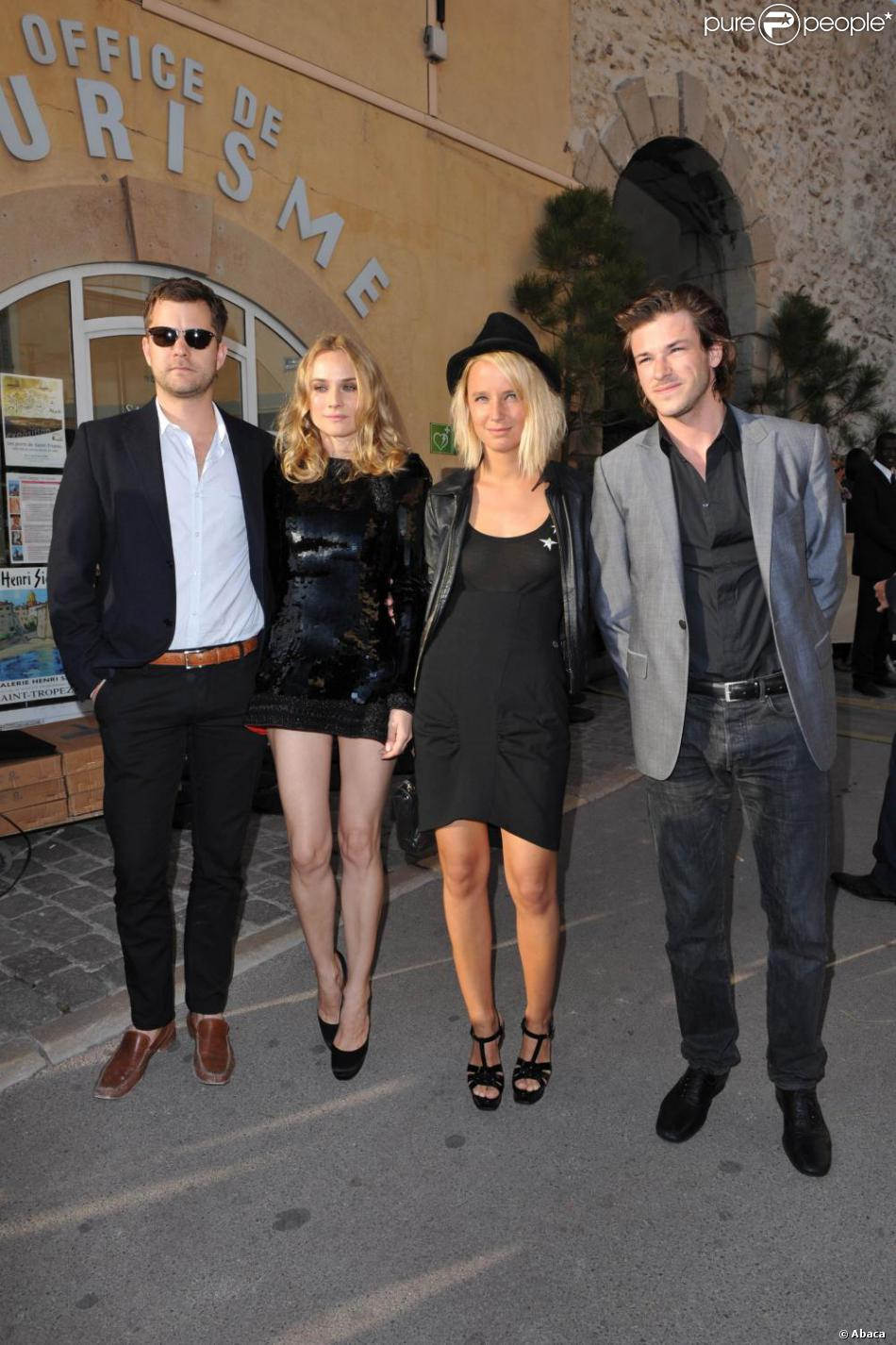 joshua jackson diane kruger jordane crantelle et gaspard ulliel au d fil croisi re de chanel. Black Bedroom Furniture Sets. Home Design Ideas