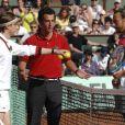 Martin Solveig, pour les besoins de son nouveau clip, et Bob Sinclar se sont déguisés en Bjorn Borg et André Agassi et ont mis le feu au Central de Roland-Garros le 22 mai 2010, aidés par Monfils et Djokovic !