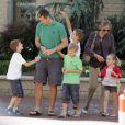 Cristina d'Espagne et son mari Iñaki Urdangarin étaient à Washington avec leurs quatre enfants début mai 2010.