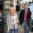 Cristina d'Espagne et son mari Iñaki Urdangarin visitent le roi Juan Carlos à l'hôpital le 10 mai 2010.