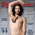 Russell Brand pose en couverture du magazine  Rolling Stone .