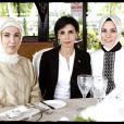 Rachida Dati lors de sa visite à Istanbul les 22 et 23 mai. Elle a rencontré le premier ministre Erdogan et s'est exprimée à l'université de Galatasaray sur la réforme constitutionnelle en cours en Turquie et sur le système judiciaire du pays. Elle a