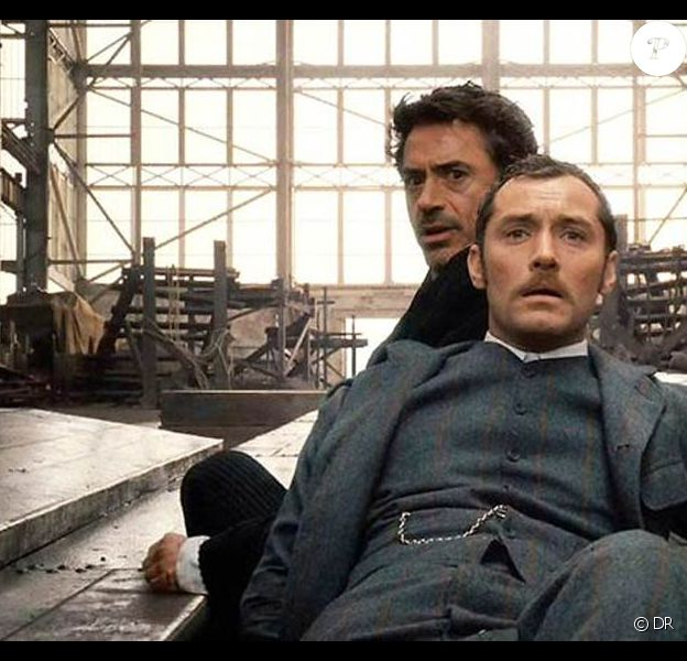 Des images de Sherlock Holmes, disponible en DVD.