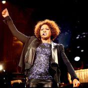 Regardez Whitney Houston bouffie et métamorphosée... La déchéance se poursuit !