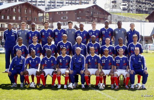 427363-l-equipe-de-france-de-football-637x0-3.jpg
