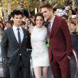 Taylor Lautner, Kristen Stewart et Robert Pattinson lors de l'avant-première de Twilight 3 : Hésitation à Los Angeles le 24 juin 2010