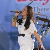 Dans un micro-short... Alicia Keys affiche son bidon de plus en plus rond !