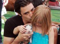 Gilles Marini : Au côté de son adorable fille, il craque... pour un bébé cochon !