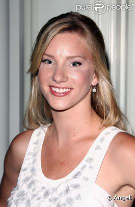 GLEE - Saison 2 - Page 2 436823-heather-morris-0x414-2
