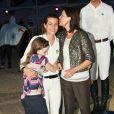 Caroline et ses filles Charlotte et Alexandra au Jumping International de Monaco, 25 juin 2010.