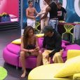 Ahmed essaye de négocier un faux couple avec Julie
