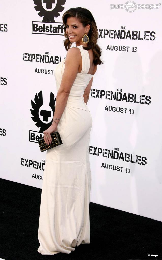 Charisma Carpenter, lors de l'avant-première de The Expendables , au Graumann's Chinese Theatre d'Hollywood, à Los Angeles, le 3 août 2010.
