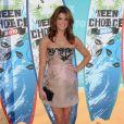 Ashley Greene aux Teen Choice's Awards : avec une robe veillote, elle mérite un carton jaune !