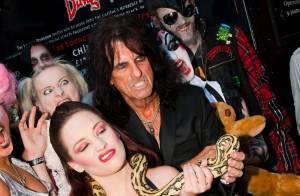 Alice Cooper : La légende du schock rock déclenche un mouvement d'horreur à Londres !
