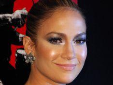 Jennifer Lopez, radieuse, réapparaît en public pour la première fois depuis son accouchement !