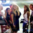 Le 19 août 2010, la princesse Madeleine de Suède a réuni ses amis pour une soirée dans un restaurant de Stockholm, avant de repartir à New York. Emma Pernald (brune en arrière-plan gauche), l'ex de son frère, était de la partie.