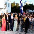 Le 25 août 2010, le prince Nikolaos de Grèce, 40 ans, et sa belle Tatiana Blatnik, 29 ans, se mariaient, au coucher de soleil, sur l'île grecque de Spetses. Victoria et Daniel de Suède, Maxima et W-Alexander, Mary de Dan. et Haakon de Norv.