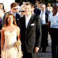 Le 25 août 2010, le prince Nikolaos de Grèce, 40 ans, et sa belle Tatiana Blatnik, 29 ans, se mariaient, au coucher de soleil, sur l'île grecque de Spetses. Marie et Joachim de Danemark sur le parvis du monastère Agios Nikolaos.