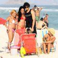 Jesus Luz sur la plage avec des amis à Rio