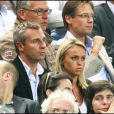 Cécile de Ménibus et son mari Yann Delaigue, à l'occasion du match France-Biélorussie, au Stade de France, à Saint-Denis, le 3 septembre 2010.