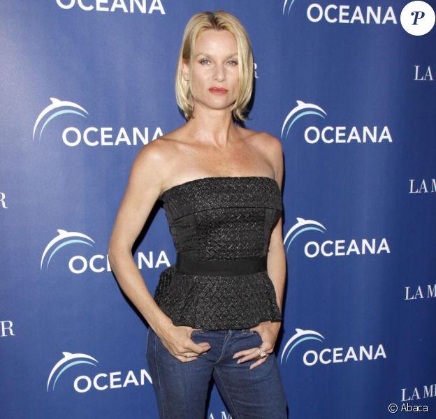 Nicollette Sheridan accuse Marc Cherry, créateur de Desperate Housewives, de licenciement abusif et de coups et  blessures sur sa personne.