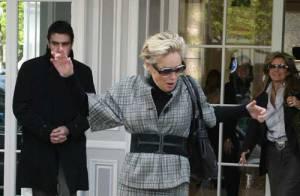 PHOTOS : Attention à la marche, Sharon !