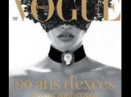 Lara Stone topless et provoc pour le superbe numéro collector de Vogue Paris...