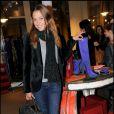 Sandrine Quétier lors de la soirée de lancement de la nouvelle collection de chaussures de Nathalie Garcon dans sa boutique de la Galerie Vivienne et inauguration du pop up store créé pour l'occasion le 27 septembre 2010