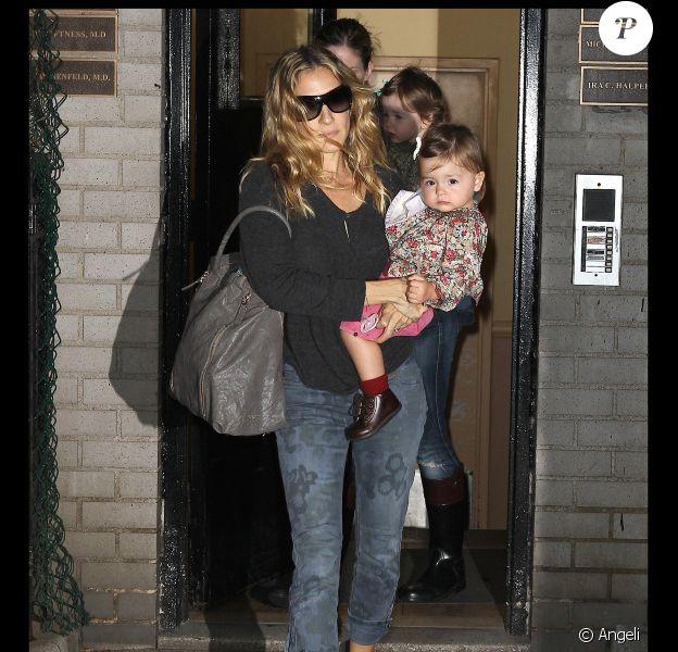 Sarah Jessica Parker et ses jumelles Marion et Tabitha à New York, le 28 septembre 2010