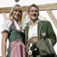 """""""Bastian Schweinsteiger et sa compagne profitaient des joies de l'Oktoberfest en 2008. En 2010, faute de bons résultats, les stars du Bayern sont privées de bière et de culotte folklorique !"""""""