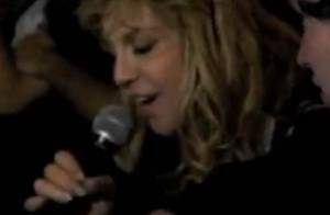 Quand Courtney Love chante du Lady Gaga devant Justin Timberlake... C'est fou !