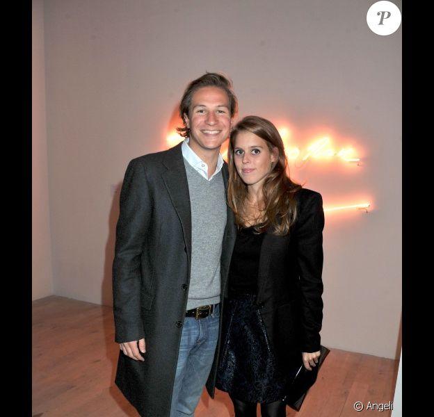Beatrice et son homme Dave Clark à une vente aux enchères, à Londres, le 11 octobre.