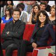 Marion Cotillard et Guillaume Canet sur le plateau de l'émission Vivement Dimanche le 6 octobre 2010