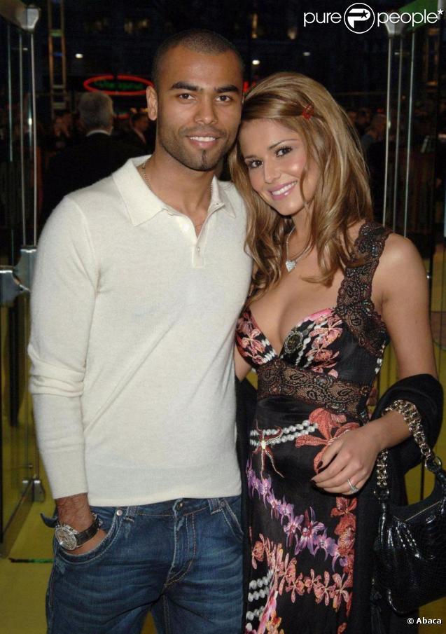 La chanteuse Cheryl Cole dit tout sur son divorce avec le footballeur  Ashley Cole lors d'une  interview accordée à la chaîne britannique ITV1.