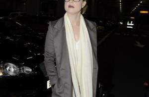 Kelly Osbourne : Très énervée par les grèves, elle reste chic et très mince !