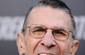 Leonard Nimoy, mythique Mr. Spock, se remet de son opération chirurgicale...
