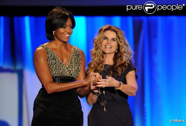 Michelle Obama et Maria Shriver lors de la conférence pour les femmes à Los Angeles le 26 octobre 2010