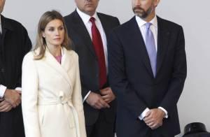 Quand Letizia et Felipe d'Espagne s'inclinent devant le pape...