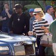 50 Cent et Chelsea Handler sortent d'un restaurant ensemble, à Los Angeles le 31 octobre 2010