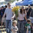 Garcelle Beauvais et son époux Mike Nilon - en instance de divorce - avec leurs enfants Jaid et Jax, à Los Angeles. Novembre 2010