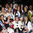 Geneviève de Fontenay a organisé une réception en compagnie de ses 25 Miss Nationale, habillées en tenues traditionnelles de leurs régions, sur un bâteau-mouche écolo, vendredi 3 décembre 2010, à Paris.